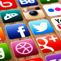Раскрутка и заработок в социальных сетях c сервисом Likesrock